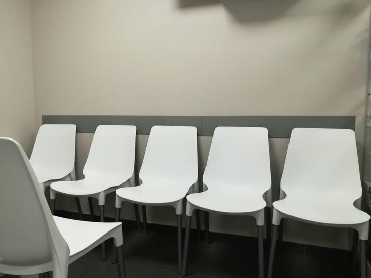 Двери и защита интерьера в медицинских учреждениях от ЭРМАНАС